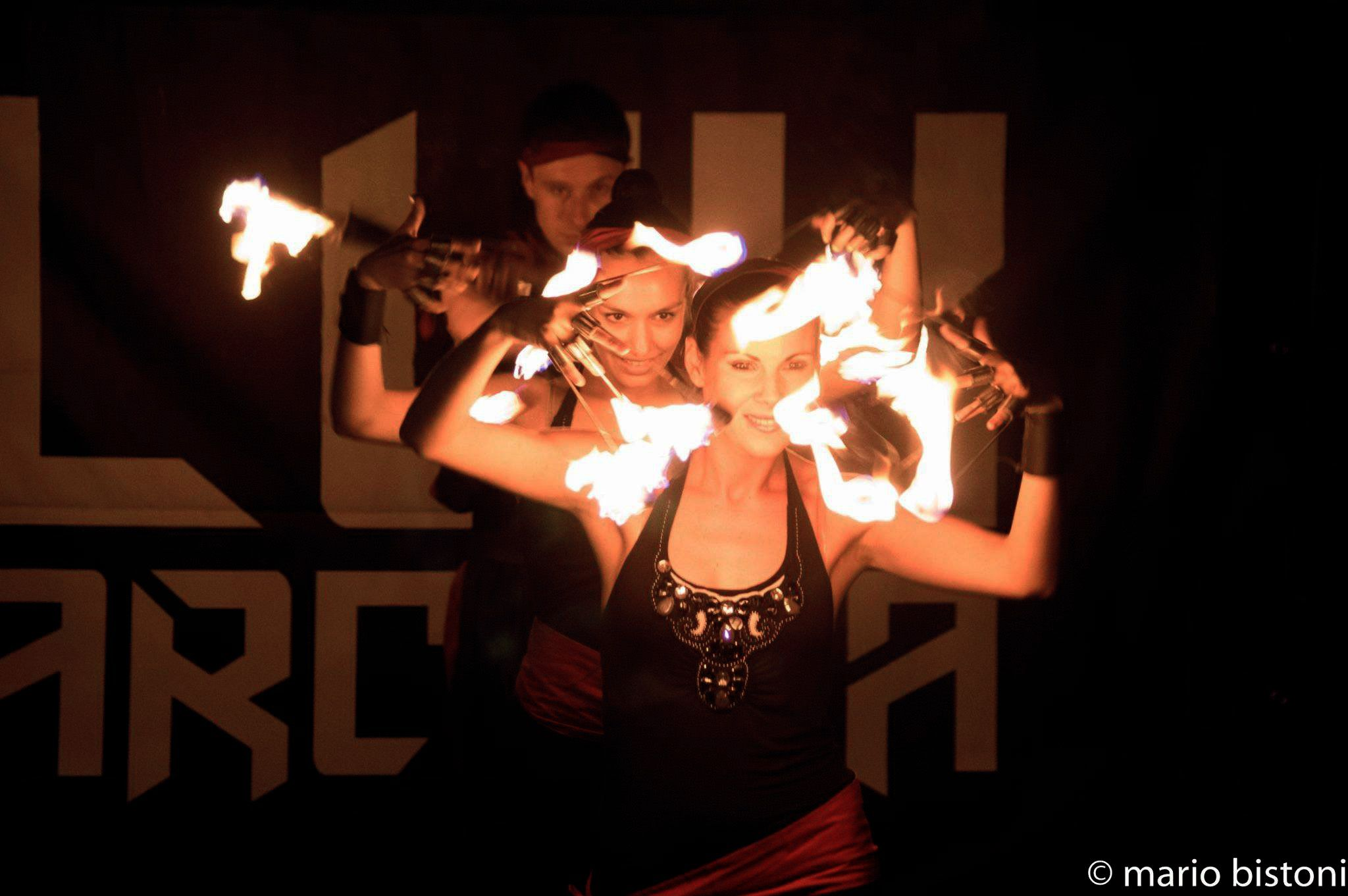 Fire-Show-with-fire-dance.jpg